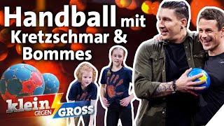 Hannah (11) und nele (10) gegen stefan kretzschmar & alexander bommes: wer macht mehr handlings in einer minute?hannah haben ein gemeinsamen freund:...