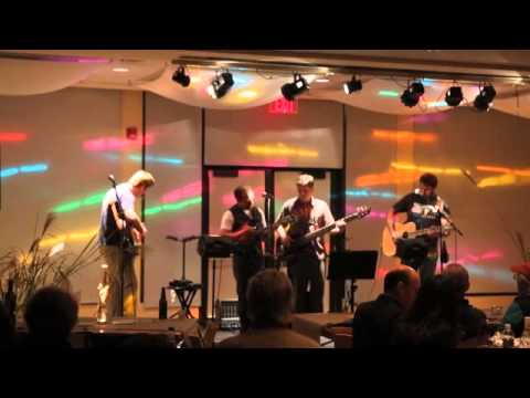"""Switch Factory performs """"Cumberland Blues"""""""