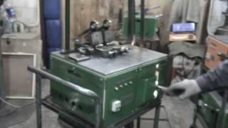 Контактно-стыковая сварка ленточной пилы(Контактно-стыковая сварка оплавлением ленточной пилы. - The butt-welding by steel electric melting, without adding welding alloys or additional..., 2010-04-28T18:42:31.000Z)
