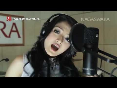 Siti Badriah   Melanggar Hukum   Official Music Video   Nagaswara
