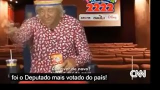 CNN ridiculariza política brasileira Tiririca - LEGENDADO