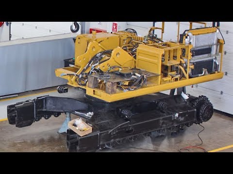 Fast Extreme Assembly Excavator Manufacturing Factory Working, Modern Assembly Cat 345B Technology