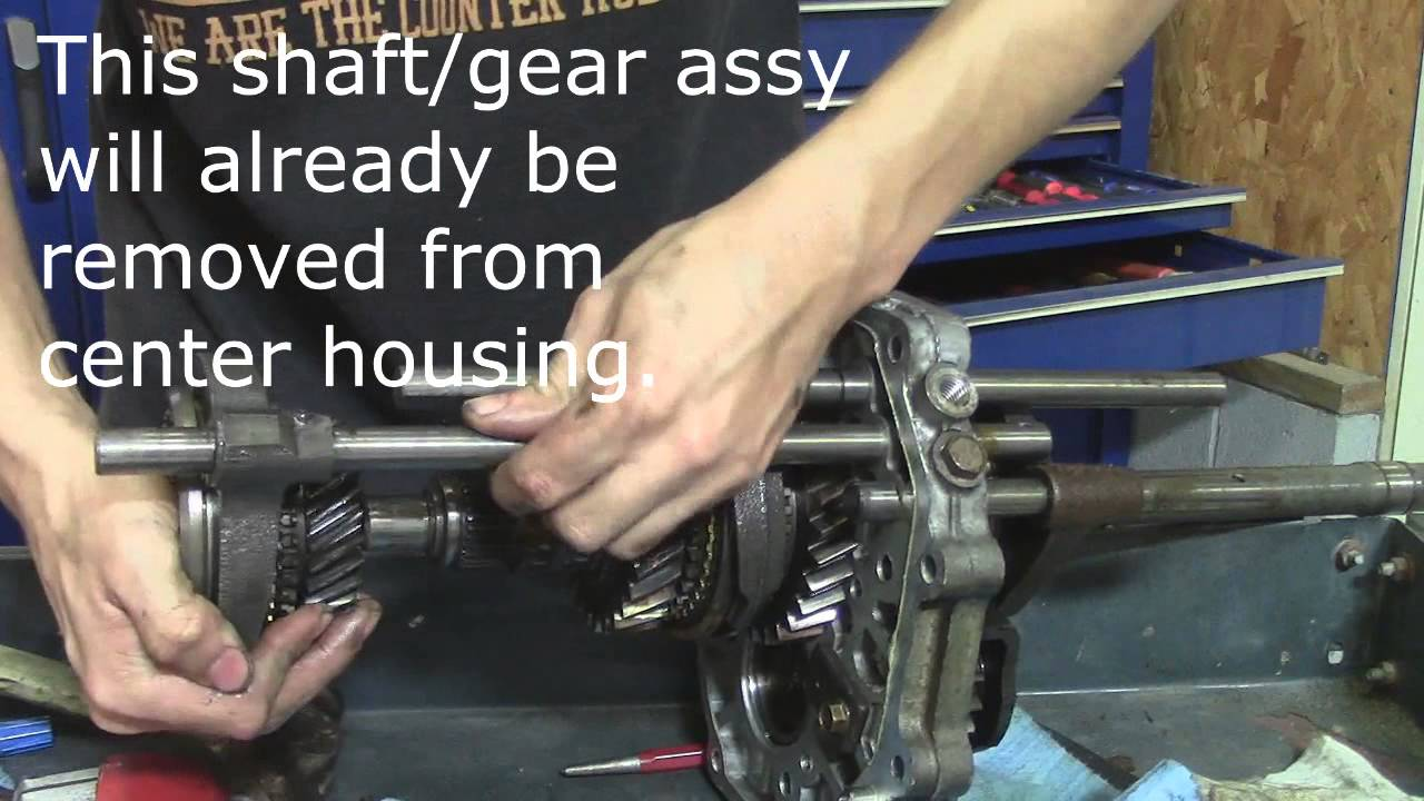 86 93 mazda b series pickup manual transmission internal disassembly youtube [ 1280 x 720 Pixel ]