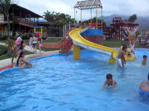 Piscina ni os youtube for Piscinas desmontables