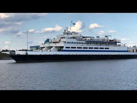 Cape May ferry sets off to sea