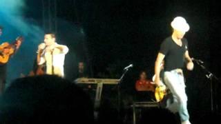 Andy & Lucas - Tu Lo Que Buscas Es Un Novio (Concierto 2011)