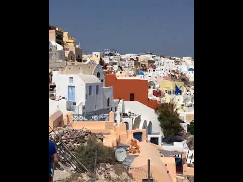 Traditional music in Oia