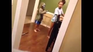 awesome scare prank fail! (FUNNY)