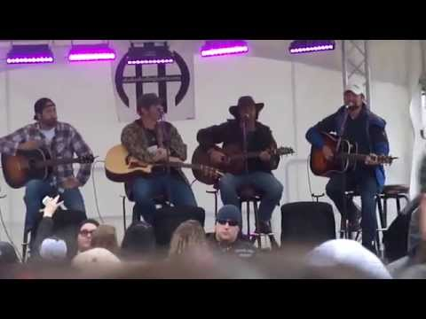 Back Yard Country Bar Barbecue #2 with Craig Morgan, Jerrod Niemann, Josh Thompson - Alaska
