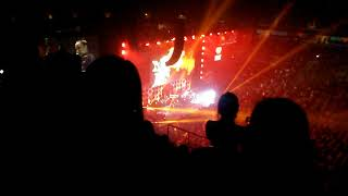 Demi Lovato - Cool For The Summer Jingle Ball San Jose 2017 (bad sound and video quality)