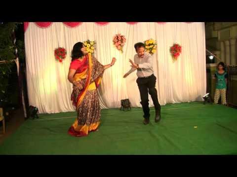 Dance during Sangeet