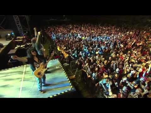 Konsert 2 Raksaksa Sweet Charity - Kamelia (Official Video)