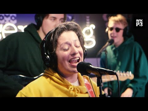"P3 Live: Boy Pablo ""Hurts So Good"" (Astrid S cover)"