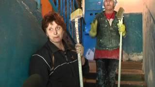 В Ленинске-кузнецком ремонтируют подъезды