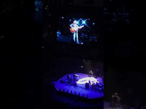 Chris Young- I Let Her Lie (tribute to Daryle Singletary 2/12/18