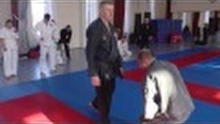 Оперативное каратэ, тренинг школы(Школа оперативного каратэ