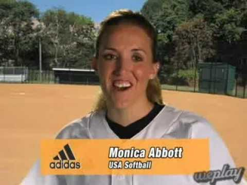 Monica Abbott: Routine on the Mound