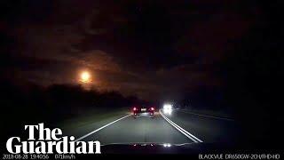 Meteor fireball lights up night sky in Perth, Australia