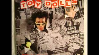 Watch Toy Dolls Carol Dodds Is Pregnant video