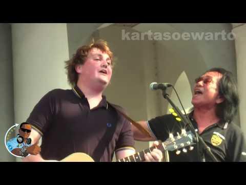 Why Do You Love Me - Koes Plus & Tim Knol (Kotatua, Jakarta Live 2012)