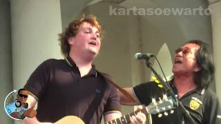 Why Do You Love Me - Koes Plus & Tim Knol (Kotatua Live 2012)