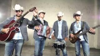 Play El Señor Chapito