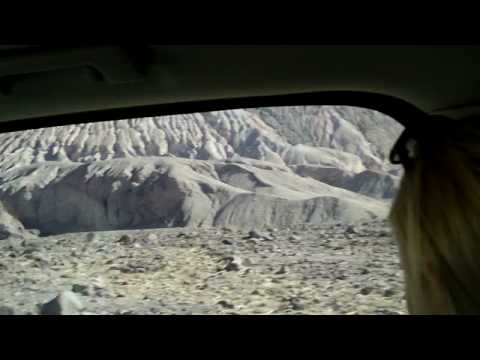 Using Four Wheel Drive in Death Valley