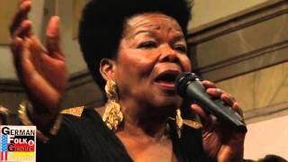 German Folk and Gospel Choir im September 2015: Janice Harrington, Amazing Grace Bargteheide