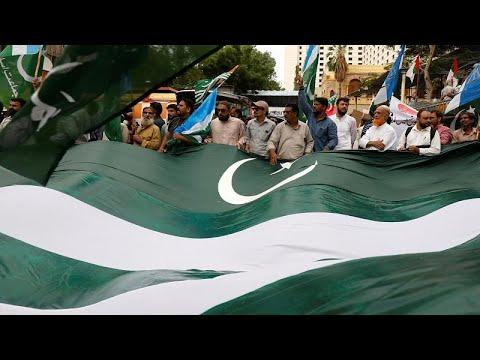 إجراءات أمنية مشددة حول المساجد في سينجار تمنع الكشميريين من أداء صلاة الجمعة…  - 15:54-2019 / 8 / 16