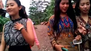 "Download Video Drama Bahasa Sunda ""Emak-emak Rempong""  -  SMK Pasundan Subang MP3 3GP MP4"