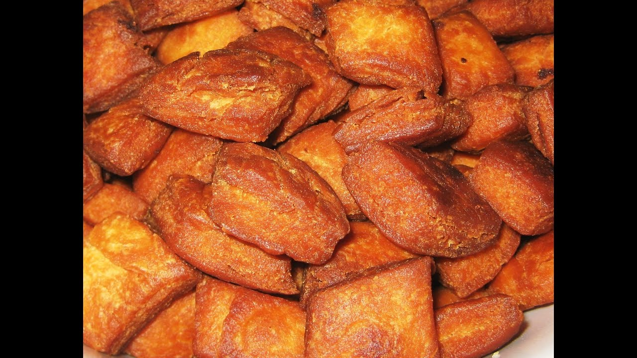 Shankarpalishakkarpara sweet maida biscuits recipe youtube forumfinder Image collections