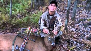 Michigan deer bow hunt 2013- 13 point buck down