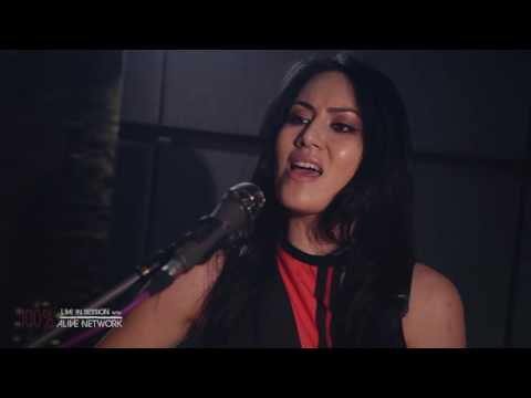 Jade - Cheap Thrills / Sia (Cover) Live In Session at The Silk Mill