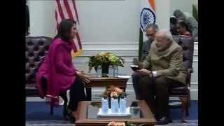 PM Modi meets Tulsi Gabbard in New York