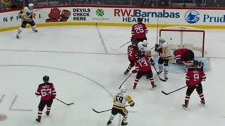 Crosby's 'heads-up' 400th goal called back on goalie interference