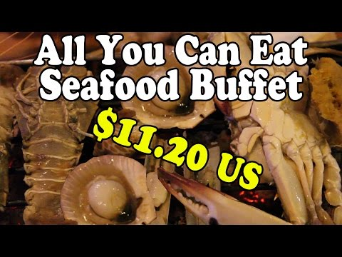 All You Can Eat Seafood Buffet. BBQ Seafood in Thailand. Eating Thai Food in Thailand Vlog