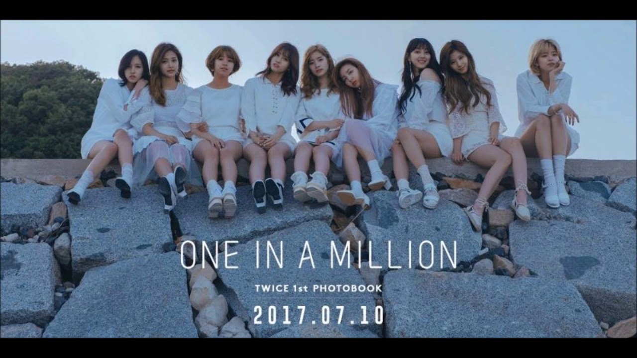 트와이 Twice 스トゥワイス One In A Million Male R Female L