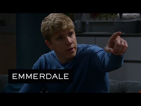 Emmerdale – Robert Thinks Liv Is Drinking Again