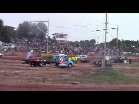 Tomahawk Speedway Eve of Wreckin Sh!t 30 Lap Soap (mud) race part 2 2018