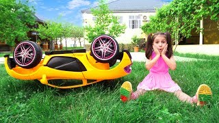 Kids Play with Power Wheels Toy Cars