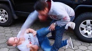 Kampfsport auf der Strasse - Der Übertreiber!