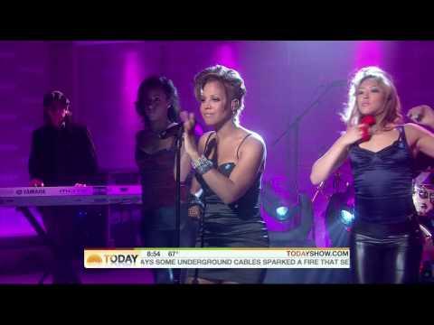 Toni Braxton - Hands Tied - live