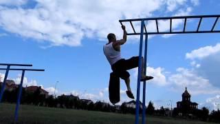Street Workout подтягивания на одной руке +18 кг