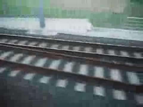 Metro Bilbao salida del túnel de Maidagan- Larrabasterra