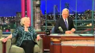Betty White Drinks Vodka With David Letterman Video by : okultube1