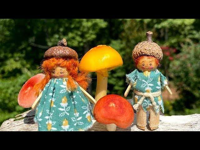 The Acorn Elves Go Mushroom Hunting!