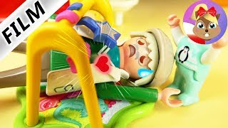 Playmobil Film polski | ZAWAŁ SERCA W PRZESZKOLU - czy dziadek za dużo wariował? | Serial dla dzieci