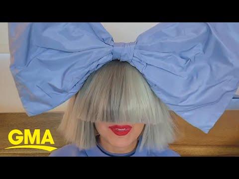 Sia's-'Chandelier'-was-originally-meant-for-Rihanna