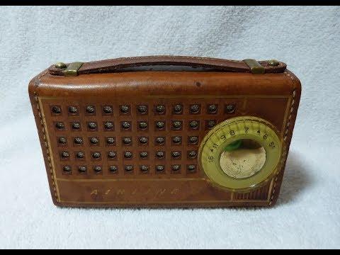 1957 Airline GEN-1106A transistor radio (made in USA)