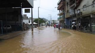 Enchente as 9hs da manhã Rio Bananal